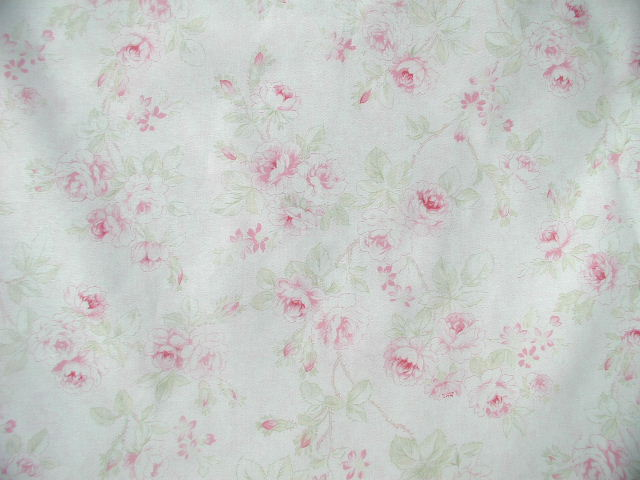 Mary Rose 13 Collection Faded Pink Roses Jadite Leaves Quilt Gate